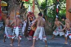 Barong and kris dancelocated in Batubulan Vilage