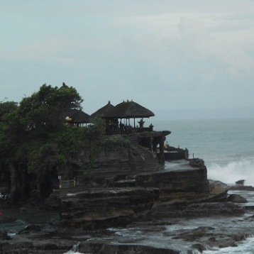 Tanah_Lot_temple