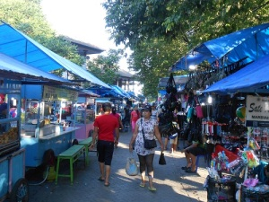 Gianyar_night_market