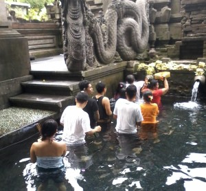 Tirta_empul_temple