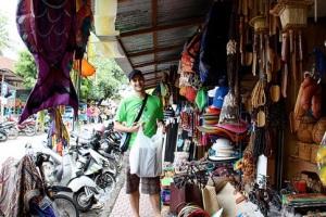 sukawati_art_market