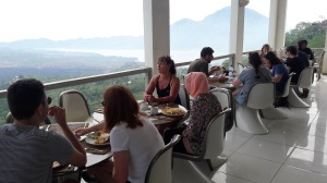 breakfast_at_batur_volcano