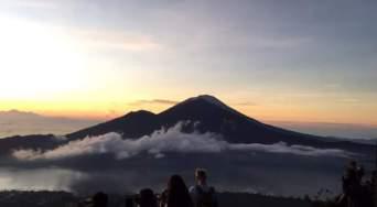 seminyak_treeking_batur_volcano