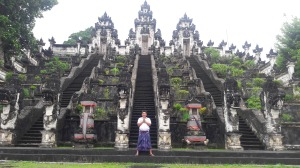 Seminyak_to_lempuyang_temple