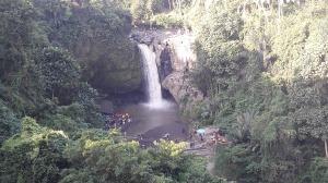 tegenungan_waterfall
