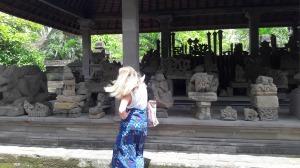 Bali_archeology_batuan_temple