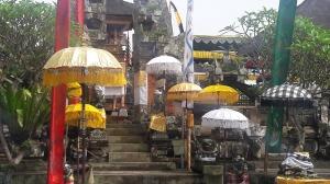 Ritual_Melukat_in_Bali