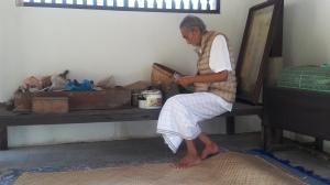 Bali_cokorda_rai_healer
