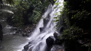 kantolampo_waterfall