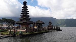 danu_bratan_temple