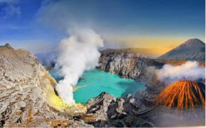 ijen_crater_bali_tour