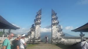 Lempuyang_Temple